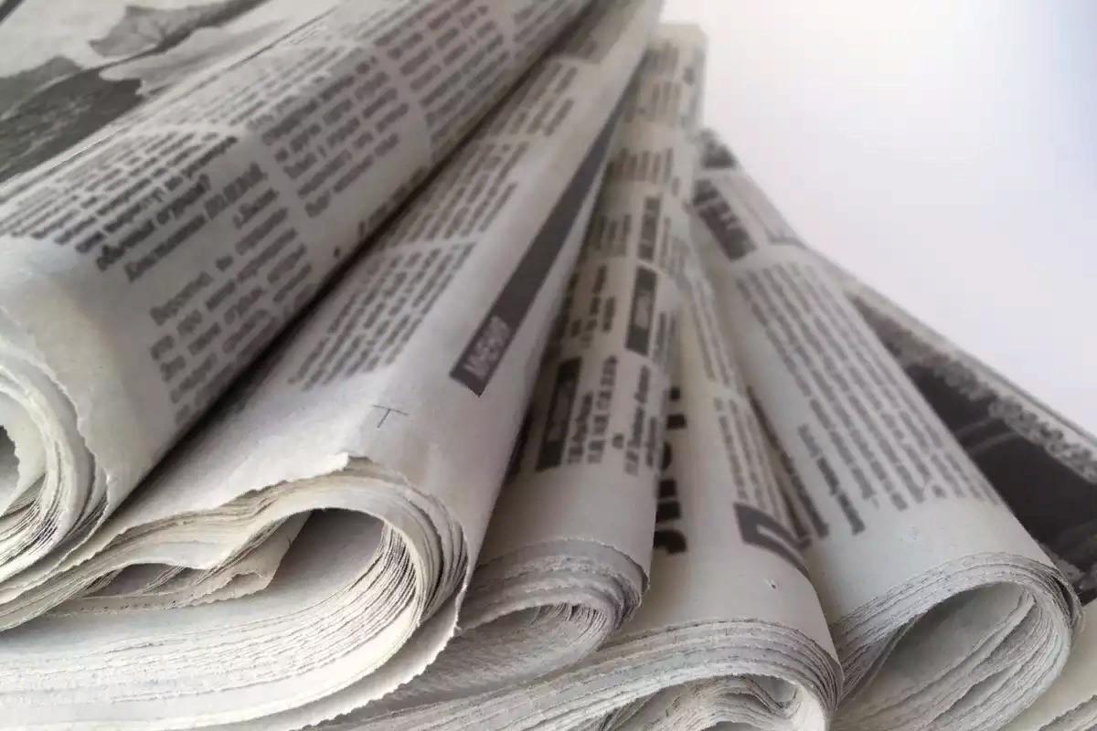 Как крутить трубочки из газет самостоятельно