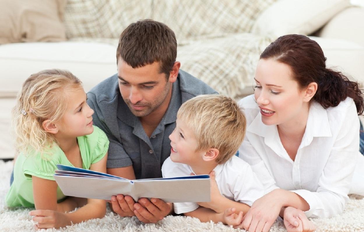 Семейные психологические игры: как сблизиться с ребенком